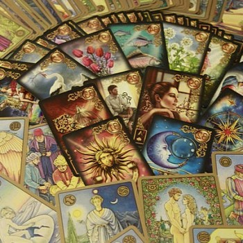 Are Tarot/ Oracle Card Readings accurate?!